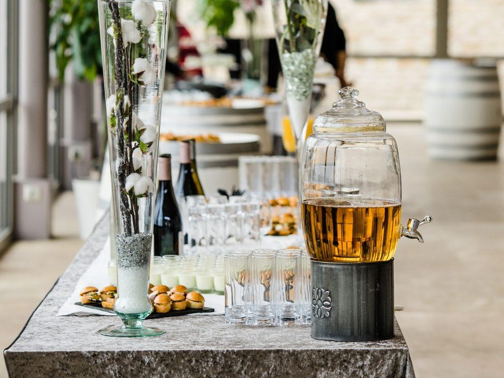 traiteur reception particulier entreprise Cocktail bonbonne jus soft