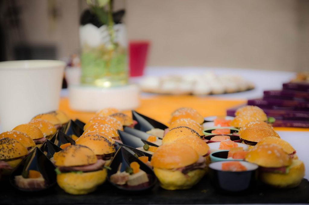 cocktail apéritif traiteur vin d'honneur cocktail menu traiteur réception mariage plats à emporter buffet plateau repas